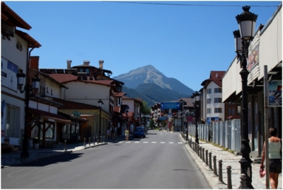 The central Bansko street - Pirin Str